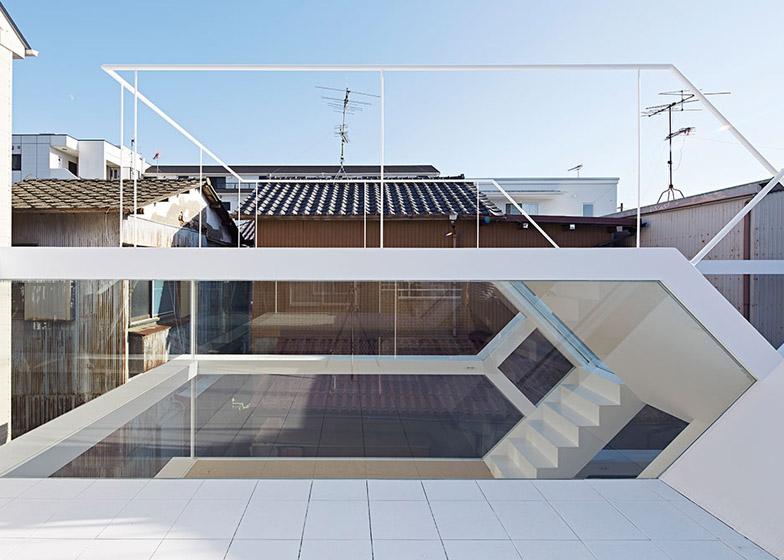 S_House_by_Yuusuke_Karasawa_dezeen_784_25