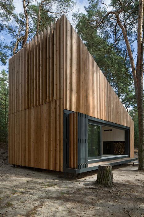 Lake-Cabin-by-FAM-Architekti_dezeen_468_0