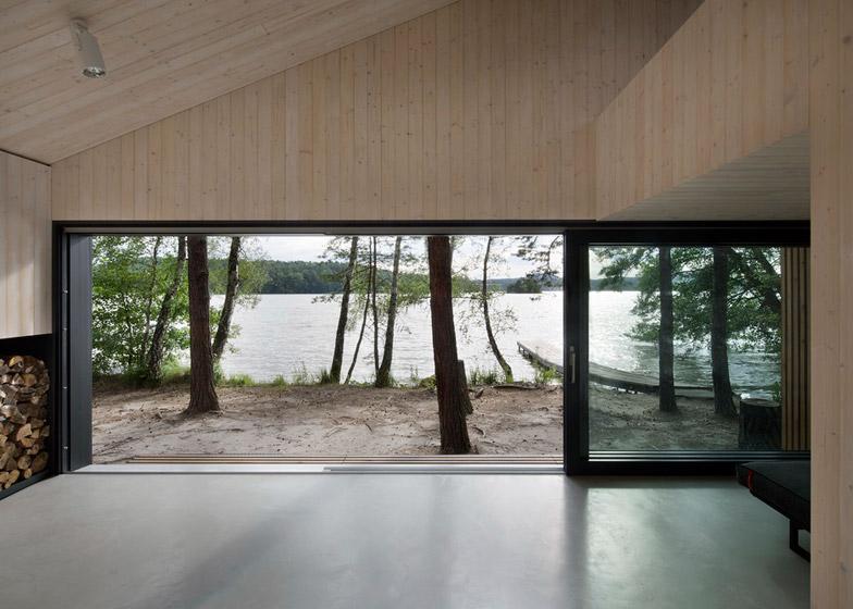Lake-Cabin-by-FAM-Architekti_dezeen_784_11