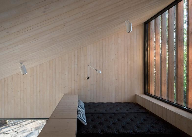 Lake-Cabin-by-FAM-Architekti_dezeen_784_16