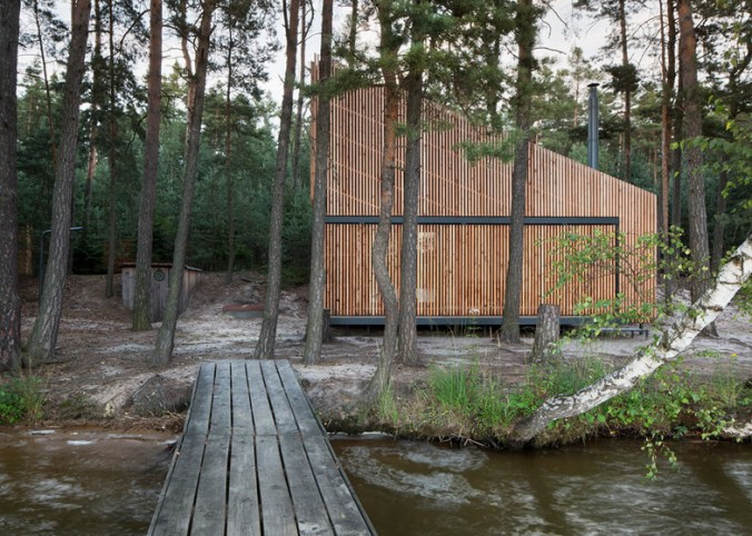 Lake-Cabin-by-FAM-Architekti_dezeen_784_2