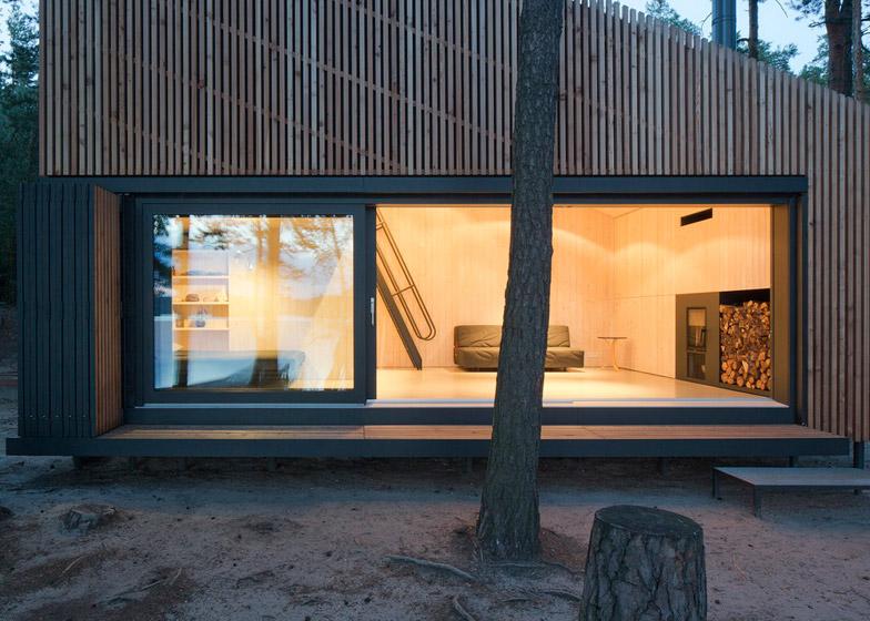 Lake-Cabin-by-FAM-Architekti_dezeen_784_9