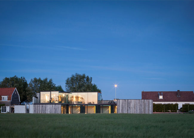 House-Graafjansdijk-by-GovaertVanhoutte-architects_dezeen_784_23
