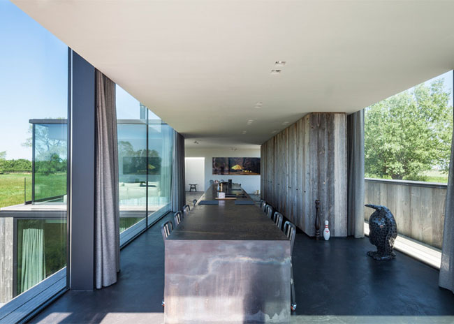 House-Graafjansdijk-by-GovaertVanhoutte-architects_dezeen_784_8