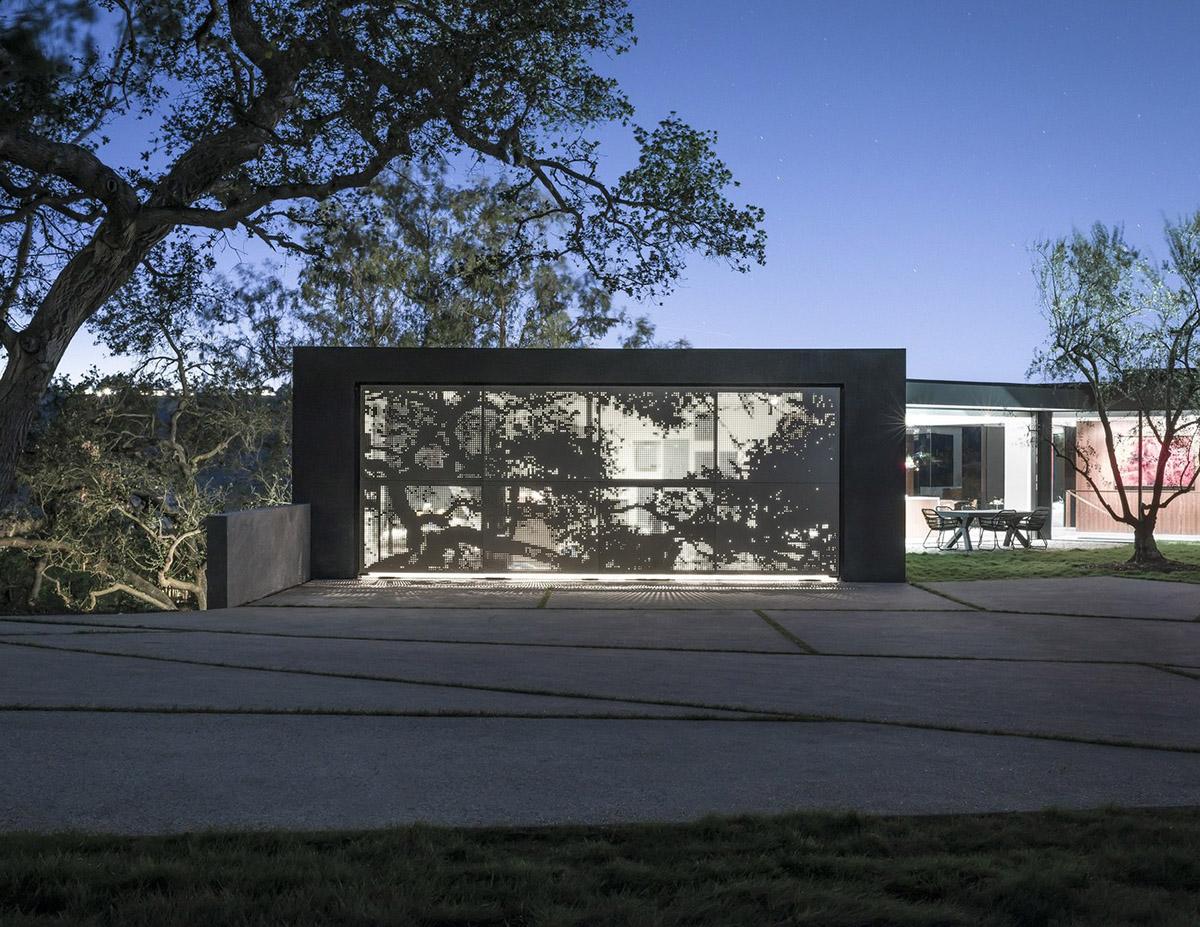 Oak_Pass_Main_House_21