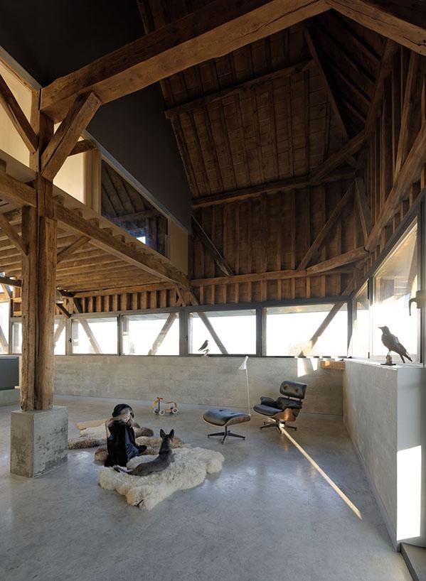 the_barn_David-Boureau-5547