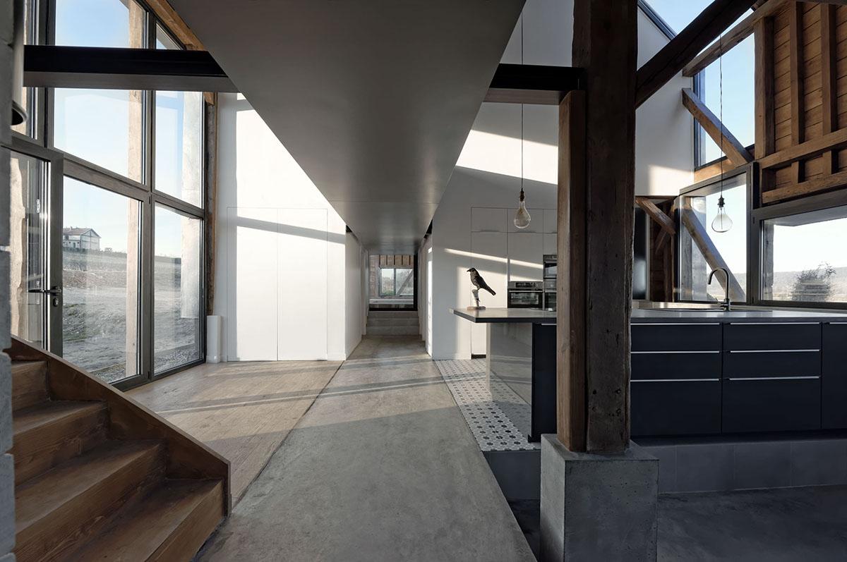 the_barn_David-Boureau-5570