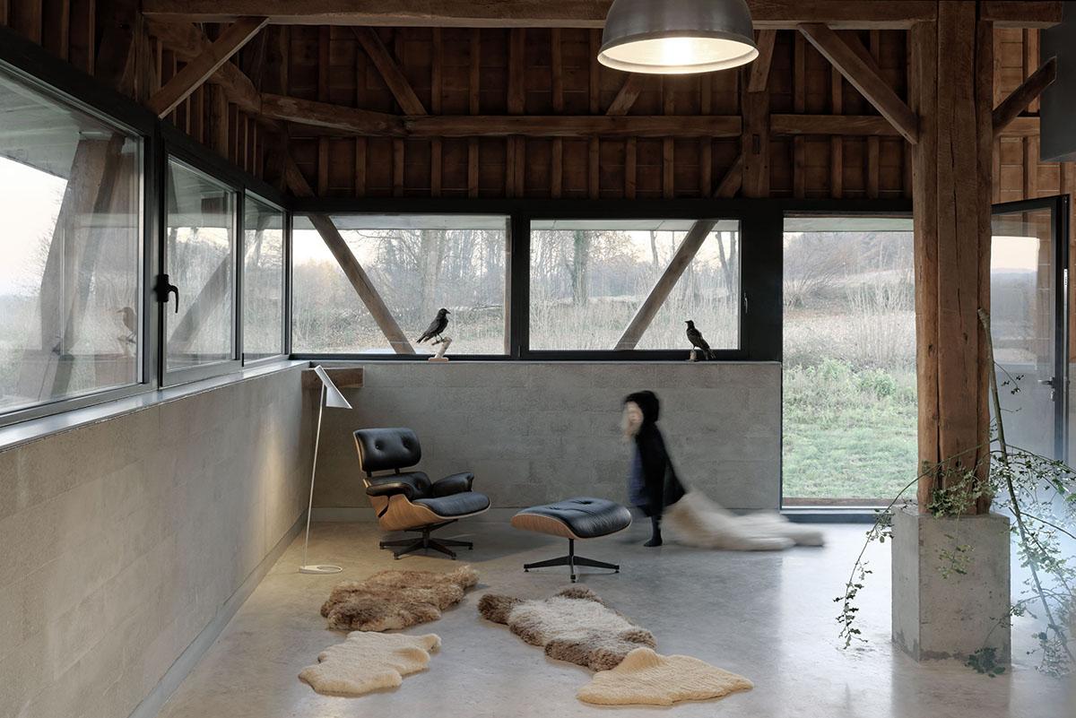 the_barn_David-Boureau-5784