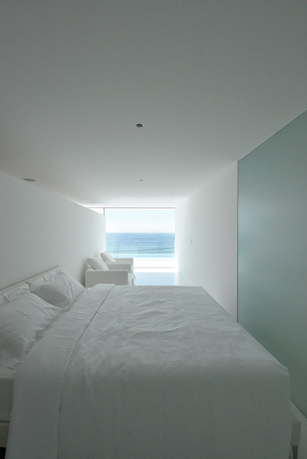 seaside-house-kanagawa-shinichi-ogawa-architecture-residential_dezeen_2364_col_23