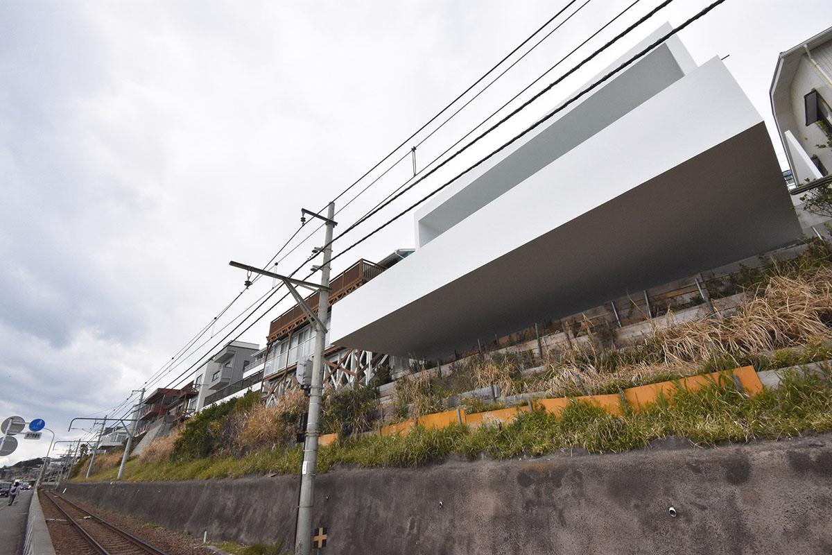 seaside-house-kanagawa-shinichi-ogawa-architecture-residential_dezeen_2364_col_31