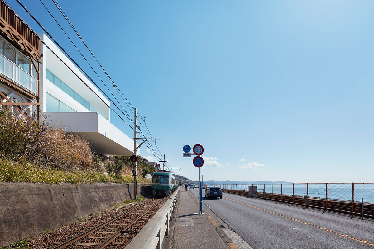seaside-house-kanagawa-shinichi-ogawa-architecture-residential_dezeen_2364_col_32