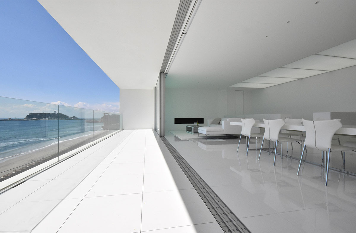 seaside-house-kanagawa-shinichi-ogawa-architecture-residential_dezeen_2364_col_4